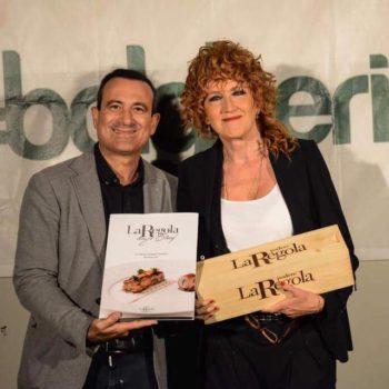 Fiorella Mannoia e Flavio Nuti posano insieme al termine del concerto al Bolgheri Festival 2017