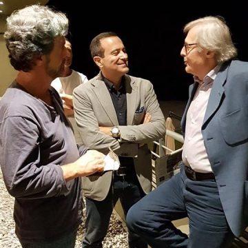 Vittorio Sgarbi con Flavio nuti e il maestro Stefano Tonelli